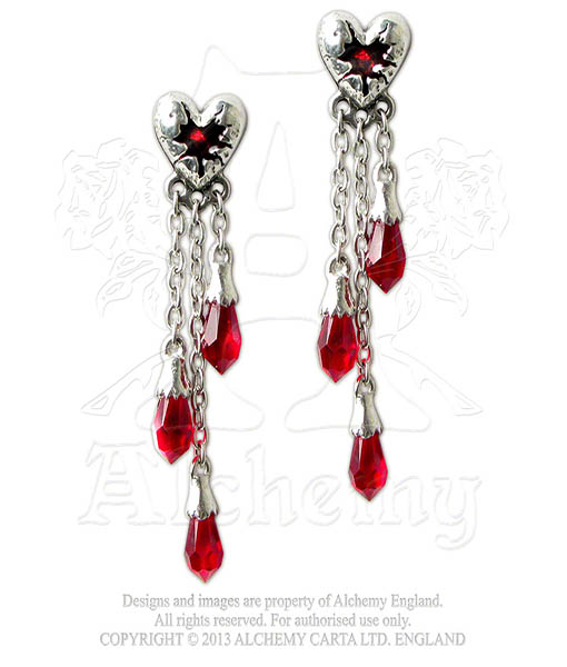 Pair of bleeding hearts earstuds