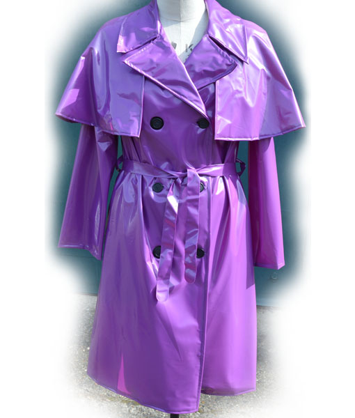 The capulette Raincoat Violet pvc